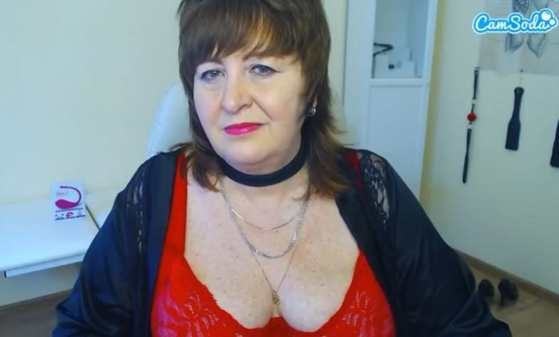 Busty MILF teaching a lesson or two at CamSoda.com
